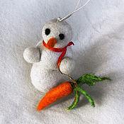 Подарки к праздникам ручной работы. Ярмарка Мастеров - ручная работа Денежный снеговик - снеговичок. Ёлочные игрушки. Теплые и разные.. Handmade.