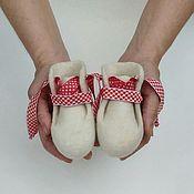 Одежда детская handmade. Livemaster - original item White felted booties. Handmade.