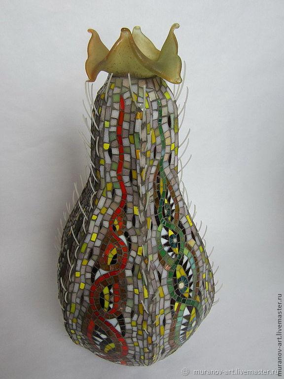 Декоративный сосуд в форме кактуса. Покрыт стеклянной мозаикой Кактус