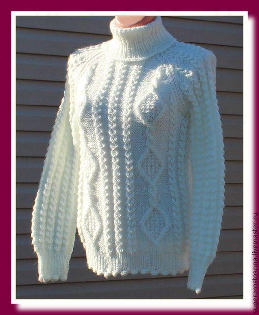 Кофты и свитера ручной работы. Ярмарка Мастеров - ручная работа. Купить женский вязаный свитер, белый свитер с аранами. Handmade.