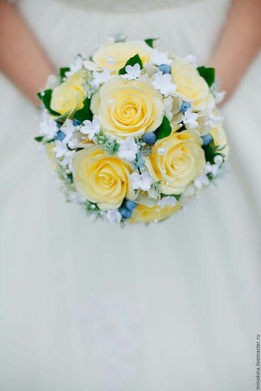 """Свадебные цветы ручной работы. Ярмарка Мастеров - ручная работа. Купить Свадебный букет """"Голубичное счастье"""". Handmade. Лимонный"""