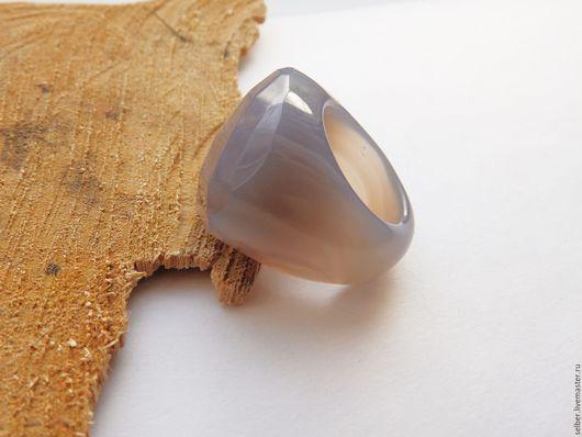 Кольца ручной работы. Ярмарка Мастеров - ручная работа. Купить Перстень из серого агата из Яви в Навь 18 размер. Handmade.