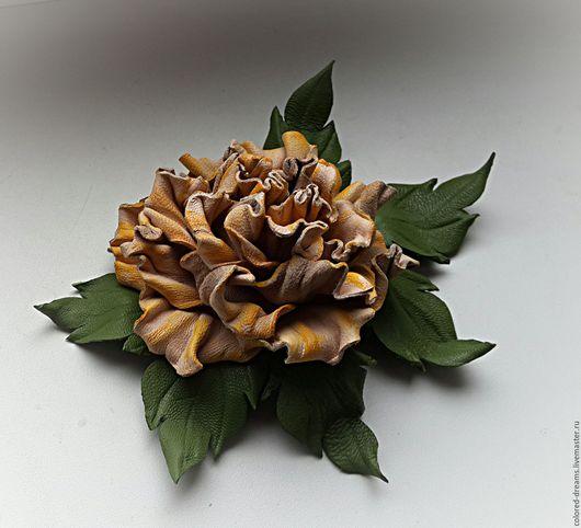 """Броши ручной работы. Ярмарка Мастеров - ручная работа. Купить брошь из кожи """"Чайная роза"""". Handmade. Кремовый"""