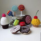 Куклы и игрушки ручной работы. Ярмарка Мастеров - ручная работа Вязаные сладости - Набор из 10 сладостей. Handmade.
