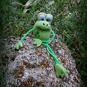 Куклы и игрушки ручной работы. Ярмарка Мастеров - ручная работа Валяная игрушка лягушонок Филлипок. Handmade.