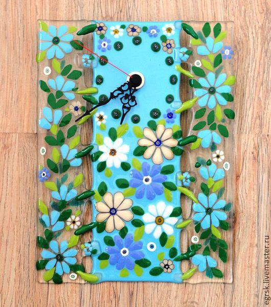 """Часы для дома ручной работы. Ярмарка Мастеров - ручная работа. Купить фьюзинг часы """"Нежность"""". Handmade. Голубой, пастельная гамма"""