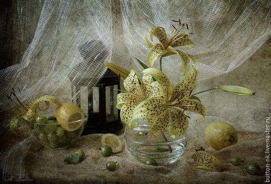 Фотокартины ручной работы. Ярмарка Мастеров - ручная работа. Купить натюрморт с тигровыми лилиями, фонарем и крыжовником. Handmade. Лимонный, белый