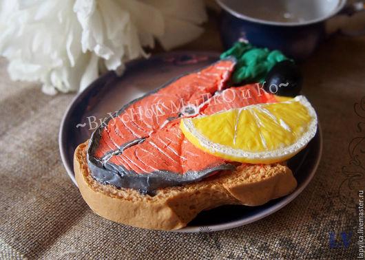 """Мыло ручной работы. Ярмарка Мастеров - ручная работа. Купить Мыло для рук """"Бутерброд с красной рыбкой"""". Handmade. Бутерброд, сэндвич"""