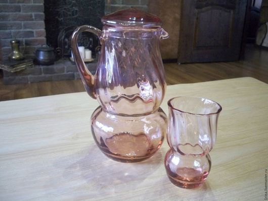 Винтажная посуда. Ярмарка Мастеров - ручная работа. Купить Кувшин для воды со стаканом СССР. Handmade. Кувшин, цветное стекло