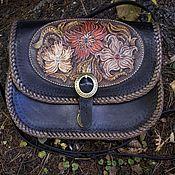"""Сумка через плечо ручной работы. Ярмарка Мастеров - ручная работа Чёрная сумка с тиснением """"Цветы"""". Handmade."""