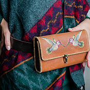 Сумки и аксессуары handmade. Livemaster - original item Waist bag with hand embroidery KOLIBRI. Handmade.