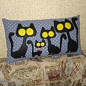 """Для дома и интерьера ручной работы. Ярмарка Мастеров - ручная работа Подушка """"Кошки.Ночной дозор"""". Handmade."""