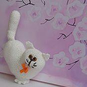 Куклы и игрушки handmade. Livemaster - original item Knitted toy cat Valentine white. Handmade.