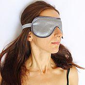 Одежда ручной работы. Ярмарка Мастеров - ручная работа Маска для сна из серого атласа с кружевным тиснением. Handmade.