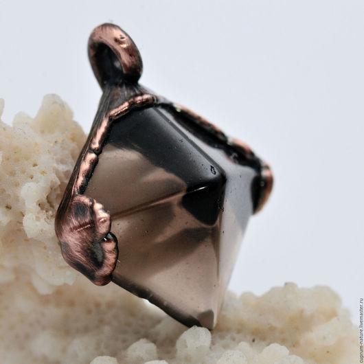 """Кулоны, подвески ручной работы. Ярмарка Мастеров - ручная работа. Купить Кулон """"Дымчатая пирамида"""" (димчастый кварц) 44/310. Handmade."""