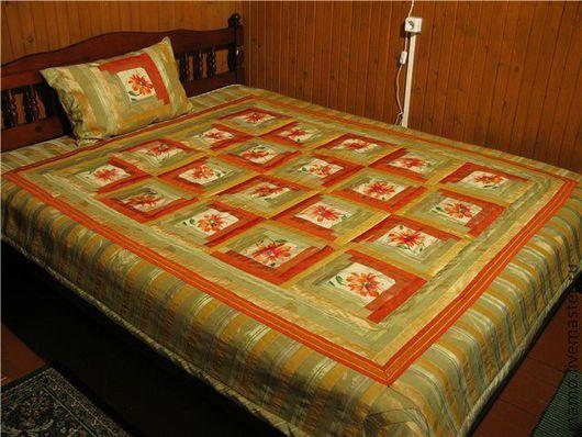"""Текстиль, ковры ручной работы. Ярмарка Мастеров - ручная работа. Купить Комплект """"Лоскутное покрывало и подушки """"Цветочная фантазия"""". Handmade."""