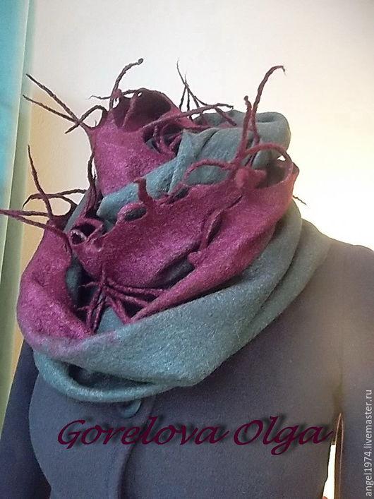 """Шали, палантины ручной работы. Ярмарка Мастеров - ручная работа. Купить Валяный шарф- снуд""""Молодёжка"""". Handmade. Хаки, войлочный комплект"""