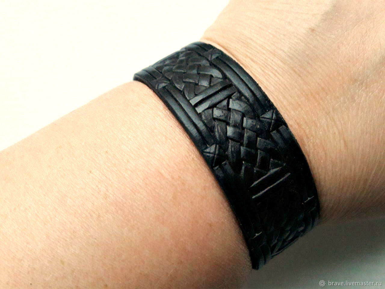 Embossed genuine black leather bracelet for men, Hard bracelet, Moscow,  Фото №1