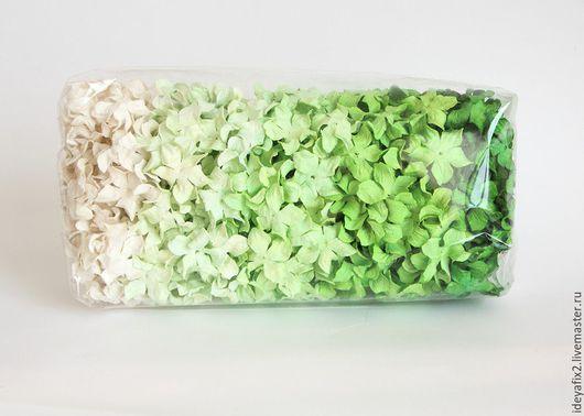 Цена указана за набор из 10 цветочков. Диаметр гардении около 3 см.
