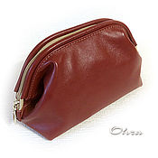 Сумки и аксессуары handmade. Livemaster - original item Cosmetic bag leather on the frame, Burgundy. Handmade.