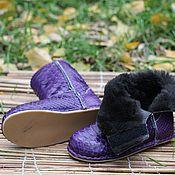 Обувь ручной работы handmade. Livemaster - original item Baby uggs from Python with fur sheepskin Purple and Black Velcro. Handmade.