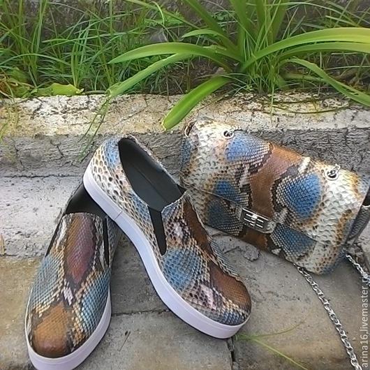 Обувь ручной работы. Ярмарка Мастеров - ручная работа. Купить Комплект!. Handmade. Разноцветный, слипоны, клатч из питона, слипоны из питона