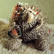"""Куклы и игрушки ручной работы. Ярмарка Мастеров - ручная работа Ежик-таежик со шкатулкой """"груша"""". Handmade."""