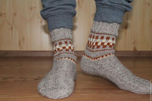 """Для мужчин, ручной работы. Ярмарка Мастеров - ручная работа. Купить Носки """"Деревенька"""". Handmade. Коричневый, носки мужские, с орнаментом"""