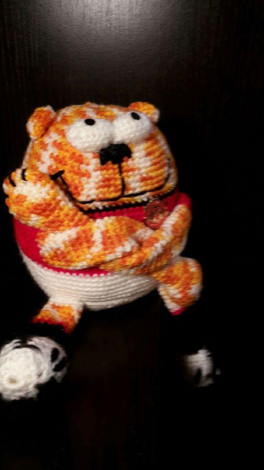 Игрушки животные, ручной работы. Ярмарка Мастеров - ручная работа. Купить Котик-футболист. Handmade. Кот, подарок, вязание на заказ