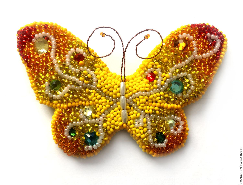 Бабочка из бисера для брошки