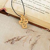 """Украшения ручной работы. Ярмарка Мастеров - ручная работа """"Молитва"""" - деревянный нательный крест из кипариса. Handmade."""