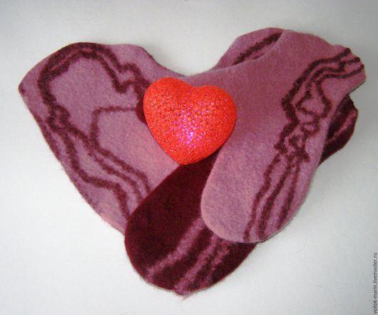 Варежки, митенки, перчатки ручной работы. Ярмарка Мастеров - ручная работа. Купить СКИДКА 20% Валяные варежки для влюблённых. Handmade.