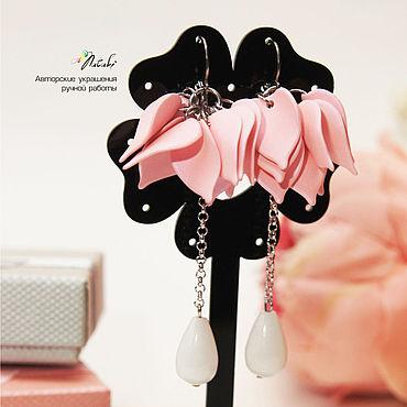 Свадебный салон ручной работы. Ярмарка Мастеров - ручная работа Серьги: с лепестками розовые. Handmade.