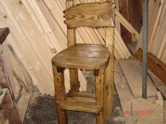 """Мебель ручной работы. Ярмарка Мастеров - ручная работа. Купить Барный стул """"Высоко сижу"""". Handmade. Коричневый, дерево сосна"""