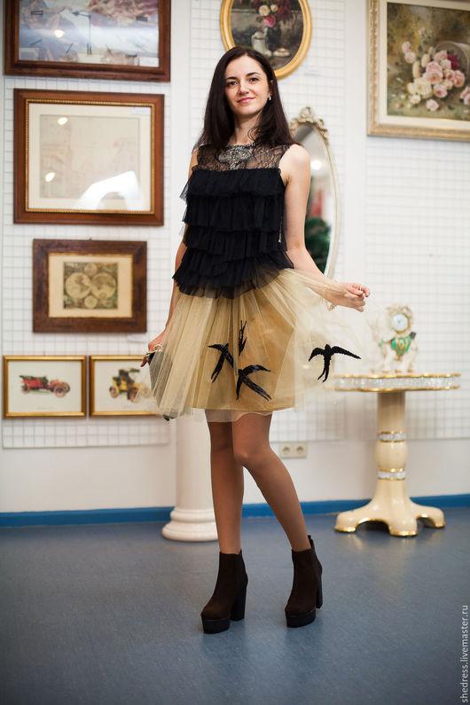 """Юбки ручной работы. Ярмарка Мастеров - ручная работа. Купить Дизайнерская юбка""""Стаи птиц"""". Handmade. Золотой, золотистая юбка, бусины"""