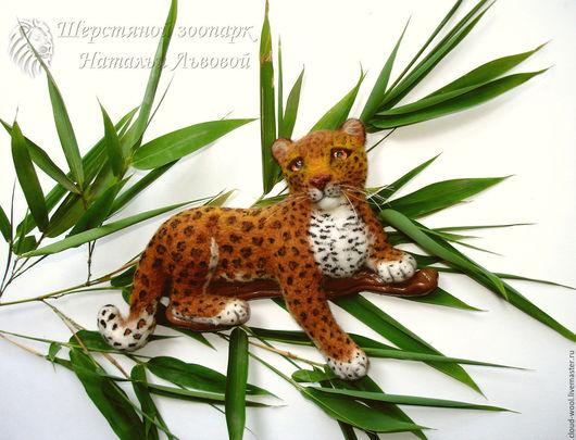 Броши ручной работы. Ярмарка Мастеров - ручная работа. Купить Брошь Леопард Лео – леопардик, леопард - из шерсти валяный. Handmade.