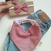 Слюнявчики ручной работы. Ярмарка Мастеров - ручная работа Слюнявчик (нагрудник) и повязочки для девочки. Handmade.