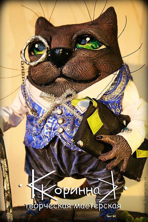"""""""Кот Банкир"""" коллекционная кукла.  15см х 20см х 25см  К кукле сделан декоративный короб для перевозки и хранения 20см х 29 см х 25 см."""
