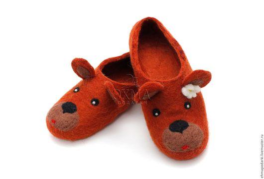 Обувь ручной работы. Ярмарка Мастеров - ручная работа. Купить Тапочки Медведица. Handmade. Войлочные тапочки, дизайнерские тапочки