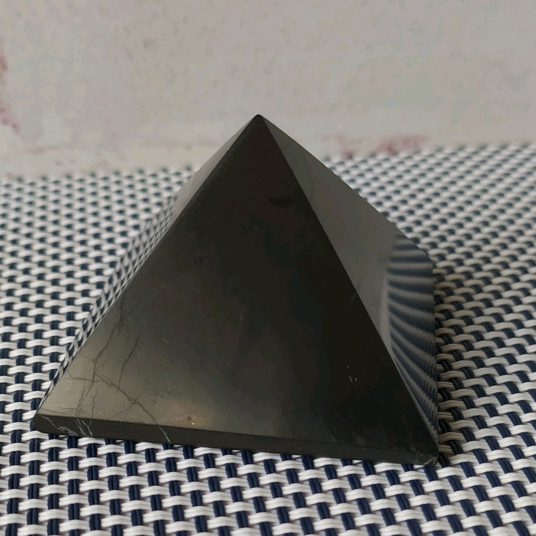 Пирамидка из шунгита, Пирамида, Ижевск,  Фото №1