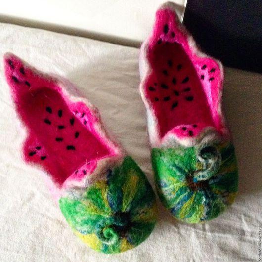 Обувь ручной работы. Ярмарка мастеров. Handmade.Тапочки валяные. Тапочки Арбузы купить. Тапочки валяные детские. Валяные тапочки детские .  Хендмейд.
