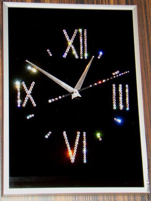 """Часы для дома ручной работы. Ярмарка Мастеров - ручная работа. Купить Часы со стразами Сваровски """"Сияние"""". Handmade."""