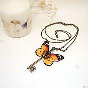 Украшения handmade. Livemaster - original item Transparent Pendant Key Orange Black Butterfly Jewelry Epoxy. Handmade.