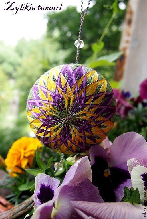 """Темари ручной работы. Ярмарка Мастеров - ручная работа. Купить """"Блестящая хризантема"""". Handmade. Темари, необычный подарок, украшение"""
