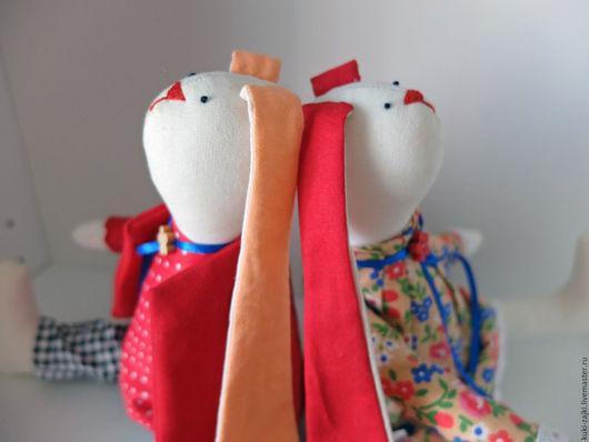 Куклы Тильды ручной работы. Ярмарка Мастеров - ручная работа. Купить Сладкая парочка зайчиков Тильда. Handmade. Ярко-красный