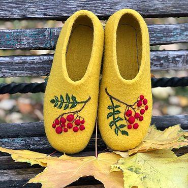 Обувь ручной работы. Ярмарка Мастеров - ручная работа Тапочки женские валяные Осень.. Handmade.