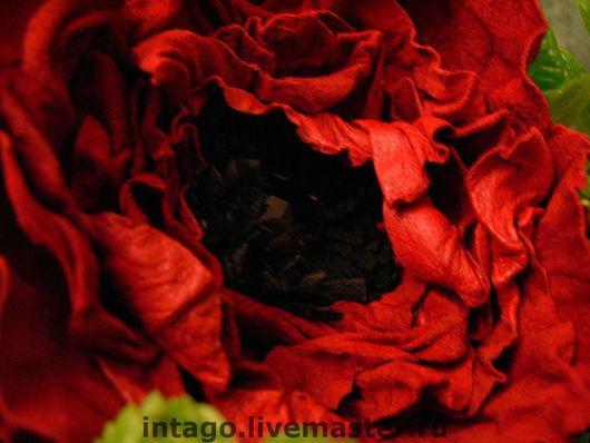 Brooches handmade. Livemaster - handmade. Buy Brooch-flower. 'Red poppy'..Flower brooch, red rose, red suede