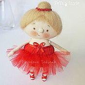 Куклы и игрушки ручной работы. Ярмарка Мастеров - ручная работа Балерина в красном Кукла текстильная. Handmade.