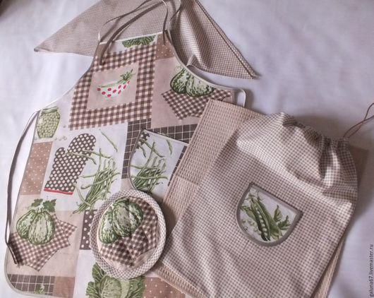 """Кухня ручной работы. Ярмарка Мастеров - ручная работа. Купить """"Маленькой Хозяюшке"""" комплект для девочки. Handmade. Фартук для девочки, нитки"""
