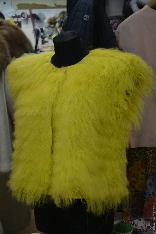 Жилеты ручной работы. Ярмарка Мастеров - ручная работа. Купить жилет из меха ламы. Handmade. Желтый, Жилет женский